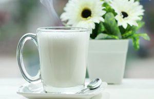 İçecek İçin En İyi Öneri Sıcak Bir Bardak Süt